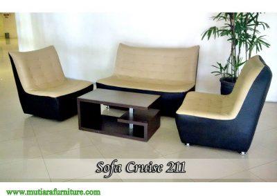 Sofa Cruise 211