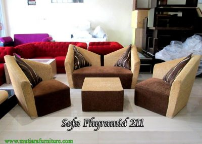 Sofa Phyramid 211